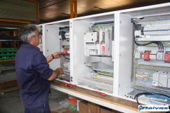 Reivax Maquinas: Cuador electrico para el gobierno preciso de las maquinaso en el montado de una maquina