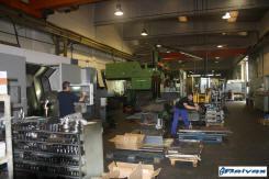 Reivax Maquinas Varias mauinas en el proceso de montaje