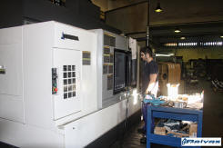 Reivax Maquinas Una de las mauinas que fabrican las complejas piezas de nuestras maquinas